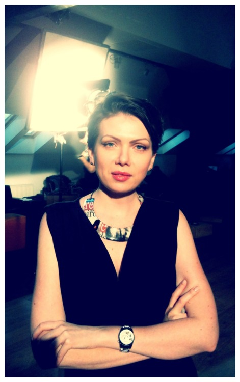 Tango Dancer Catalina Rusu wearing a Zvinca necklace